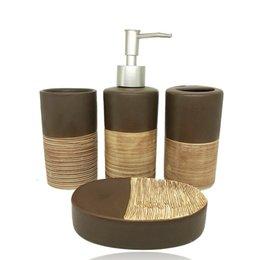 4 pezzi accessori da bagno in ceramica color cioccolato articoli da toeletta da bagno di fascia alta bottiglia di lozione porta spazzolino set di portasapone Y19061804 da