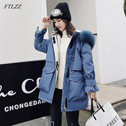2019 лисий мех с капюшоном парка FTLZZ New Winter Jacket Women Large  Fur Coat White Duck Down Thick Parkas Warm Sash Tie Up Hooded Snow Overcoat дешево лисий мех с капюшоном парка