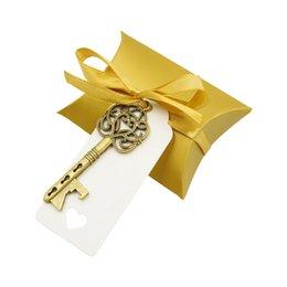 Süßigkeiten-etiketten online-Kissen Candy Box Skeleton Key Opener mit Dankesetikett und Band Hochzeit Candy Souvenir Geschenkset