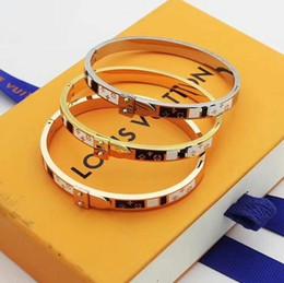 Pulsera 18k envío gratis online-2019 Envío Gratis diseñador 18 K oro rosa plata 316L acero inoxidable tornillo brazalete pulsera con destornillador brazalete pulseras regalo de Navidad