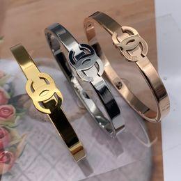 Marque Bijoux Bracelets Rivet 316 L Titane En Acier Inoxydable noir Bracelets Bracelets european USA Taille 19cm Pour Femmes Et Hommes 2019 new stlye ? partir de fabricateur