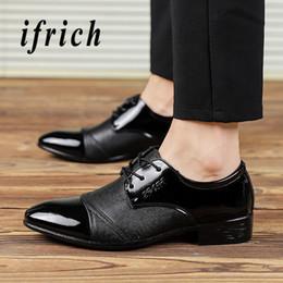 2019 ufficio di cuoio Primavera uomo in pelle Oxford scarpe abito da uomo Casual Boot scarpe nere scarpe da punta scarpe da ufficio economici maschile partito formale ufficio di cuoio economici