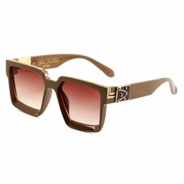 219 Lüks-Yüksek Kalite Klasik Pilot Güneş Tasarımcı Marka Mens Womens Güneş Gözlükleri Gözlük Metal Cam Lensler nereden süper kahraman gözlük tedarikçiler