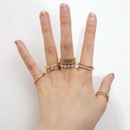 Scavi fuori il Set Auger Chic Ins 11 pezzi di anello diamante per Celebrity Web Contracted personalizzata in sottile anello. da