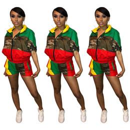 donne camicia da bagno camouflage Sconti Tuta da jogging per donna Camo Jacket Pantaloncini 2 pezzi Manica corta Giacca a vento Camouflage Sportswear Estate Tuta Abiti Abbigliamento