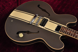 Boutique toms en Ligne-Custom Shop ES 333 Tom Delonge Signature Semi Hollow Body Brown Crème Stripe Jazz guitare électrique Trous Double F, Dot inlay, Tuners Grover