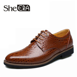 Cómodos zapatos de vestir para hombre de oxford online-She ERA New Spring Autumn Men Shoes Zapatos cómodos para hombre Oxford Oxford Fashion Casual Split Leather Crocodile Men Flats Dress