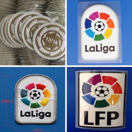 Badges de football en Ligne-La Liga 2016 2017 2018 2019 Autocollants de football LFP impression à chaud badges de football de bonne qualité patch de broderie sur brassard manches de football maillots