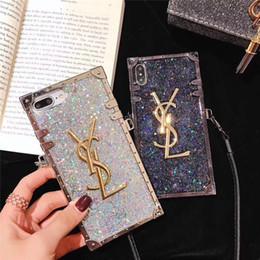 bling для iphone Скидка One Piece Роскошный Алмазный Блеск Bling Дизайнерские Чехлы для Телефонов для IPhone X 6S 7 8 Plus XR XS MAX Марка Задняя Крышка с Длинным Ремешком для Подарков