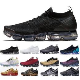 Nike Vapormax air max airmax flyknit 2.0 1.0 shoes 2019 New arrival Hommes Femmes BHM Orbit Rouge Métallique Or Triple Noir Designers Baskets Baskets Chaussures De Course EUR 36-45 ? partir de fabricateur