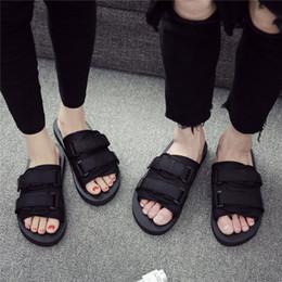 2019 koreanische männer sandalen Net Red Sandals Herrenmode Korean Edition Außerhalb tragen Paar Outdoor Persönlichkeit Herren Strand ins2019 Neue Sandalen günstig koreanische männer sandalen
