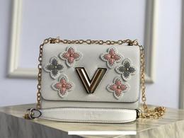 2019 portefeuille en carbone Designer Sac à main de luxe Loius Vutton femmes Sac à main Designer Sacs à bandoulière en cuir multi-couches montants floraux de monogramme Taille: 23.0 * 17.0 * 9.5