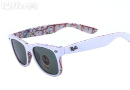 Deutschland 2019 Mode Sonnenbrillen Männer Frauen Sonnenbrillen Marke 2140 Designer Weiß Karte Wanderer Marke Designer Brillen mit Fällen 1 online Versorgung