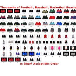 Canada En gros Sports D'hiver Bonnets D'équipe Pom Tricot Chapeaux En Plein Air Ski Bonnet De Baseball Bonnets De Haute Qualité Ordre Mixte Offre