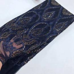 Нигерийский французский кружева африканской кружевной ткани темно-синий довольно цветок блестками гипюр сетки кружева для вечерних платьев Индии Tissu DS996 от