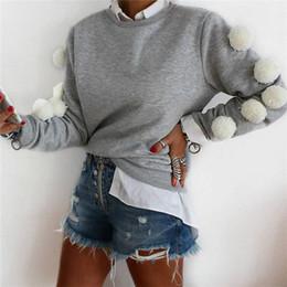 Casaco branco de pelúcia on-line-New Style no outono 2018 Womens Long Sleeve Tassel branco de pelúcia Balls pulôver Tops Casual Brasão Blusa Jumper