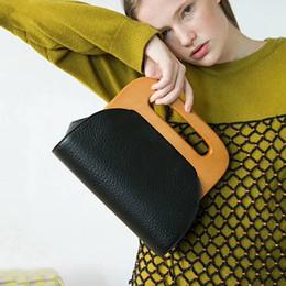 2019 Neuestes Design Frauen Holz Griff Handtasche Holz Clip Casual Schulter Tasche Diagonal Solide Farbe Vintage Tasche Umhängetasche Abendtaschen