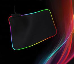 computer portatili colorati Sconti 2019 Hote Large RGB Colorato illuminazione a LED Tappetino mouse da gioco 350x250x3mm Tappetino da scrivania per notebook Computer portatile