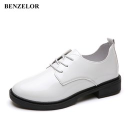 2019 scarpe in pelle casual coreana BENZELOR Oxford Low Heel Shoes Donna PU Leather Classic Vintage Party Dress Casual Pompe Donna coreano Scarpe donna Femme Heels scarpe in pelle casual coreana economici