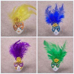 maschere ornamenti Sconti Maschera di piume Forma Magnete da frigorifero Ornamento multicolore Decorazioni per la casa Regalo Mini magneti per frigorifero squisiti popolari Zhao portatile