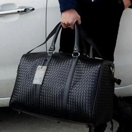 Bolso de mano totes hombres mano online-Bolsa de equipaje de viaje de mano impermeable PU de cuero rodando maleta Trolley Equipaje MujeresMen bolso de hombro libre Adolescente Duffle Totes