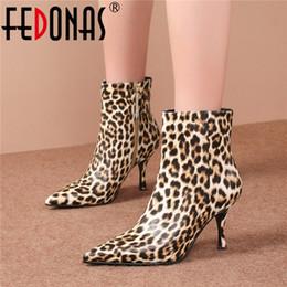 botas de club nocturno Rebajas FEDONAS Sexy Leopard Prints Cuero genuino Botines de mujer Cremallera Tacones finos Fiesta Night Club Zapatos Mujer Nuevas botas