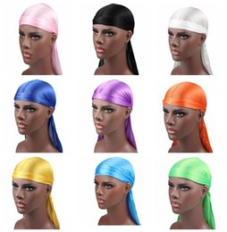 2019 Nuevos hombres de la moda de satén Durags Bandana Turban pelucas hombres sedoso Durag Headwear diadema pirata sombrero accesorios para el cabello desde fabricantes