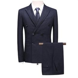 Traje de doble botonadura 2019 para hombre Slim Fit gris azul marino para hombre trajes de raya vestido formal clásico de la boda 3 piezas traje hombre desde fabricantes