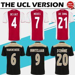f469bb43f3d CH patch versione Ajax home rosso bianco Pullover da calcio 18 19 via Soccer  Shirt 2019   10 TADIC   21 DE JONG   4 DE LIGT   22 ZIYEC uniforme da calcio