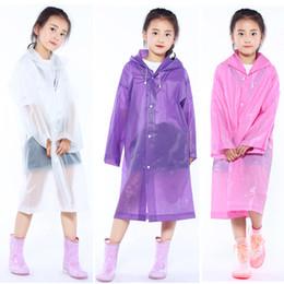 прозрачная длинная куртка Скидка Дети с капюшоном прозрачной куртке плащи плащ от дождя пончо плащ чехол длинная девочка мальчик дождевики 6 цветов