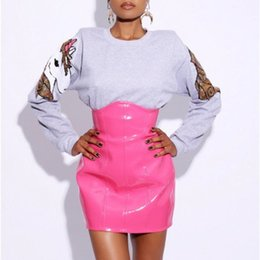 Argentina Falda de cuero de cintura alta 2018 Nuevas Mujeres de la manera Sexy Mini Faldas Lápiz de vinilo Sparkly Latex Party Nightwear Club Rosa Rojo Negro J190626 cheap sexy vinyl latex Suministro