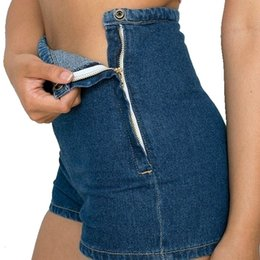 grifos laterales Rebajas Pantalones cortos Pantalones cortos para las mujeres nuevas mujeres atractivas adelgazan altura de la cintura de los pantalones vaqueros de mezclilla Pulse brevemente cortocircuitos calientes apretado el botón A Side