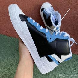 Blazers de lujo online-Diseñador de lujo Marca de moda para hombres Zapatillas de deporte para mujer Blazer Zapatillas deportivas para hombre Zapatillas deportivas blancas y rojas Zapatillas de deporte casuales con Dunk