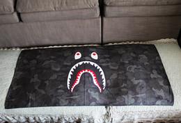 toalha absorve água Desconto Tubarão Boca Camuflagem Toalha de Casa Yoga Fitness Toalha De Banho De Microfibra Absorver O Suor Absorver Toalha De Impressão De Água