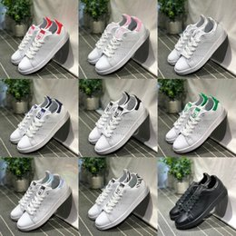 adidas Stan Smith New Originals Stan Smith Scarpe Cheap Donna Uomo Casual Leather Superstars Sneakers Skateboard Punzonatura Oro Bianco Blu Scarpe Stan Smith cheap white leather tennis shoes for women da bianco scarpe in pelle da tennis per le donne fornitori