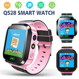 недорогой слот телефон Скидка Q528 Детские Умные Часы Браслет Детские Браслеты с Удаленной Камерой LBS Часы SOS Вызов в качестве подарка для Chirdren в розничной коробке