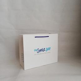 00e79d218 1000 unids Grueso 250g Cartón Personalizado Bolsa de Compras de Papel Bolsa  de Empaque Logotipo de Papel de Boda Diseño Impreso Regalo de Caramelo  Cosmético