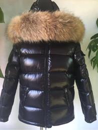 colore del procione cappotto di pelliccia Sconti Piumino uomo con cappuccio, piumino da uomo abbinato a Parka 100% vero collo di pelliccia di procione con piumino nero