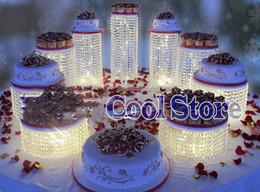 decorazioni di cupcakes di nozze Sconti 9pcs / lot Tabella del partito torta cristallo stand centro di cerimonia nuziale Decorazione della torta di compleanno supporto del bigné visualizzazione della torta trasporto libero