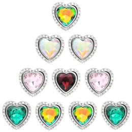 Deutschland New Snap Jewelry herzform druckknöpfe für frauen 2019 Vintage Metal 18mm schnalle für 18 MM Armband frauen supplier metal heart button bracelet Versorgung