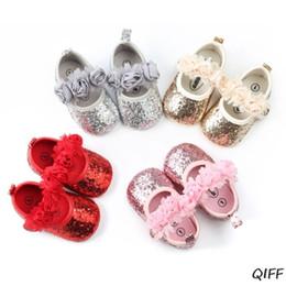 Блестки балетные плоские туфли онлайн-Infant Baby Girls Glitter Shimmer Sequins Flats Soft Sole Slip-On Non Slip Ballet Dance Faux Rose Flower Bow Toddler Crib Shoes