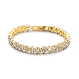 2019 fascino braccialetto roma Braccialetto a forma di cuore di cristallo di zircon di cristallo di Roma Braccialetto di tennis del braccialetto 3 colori Braccialetto a catena della sposa per le donne / accessori del regalo dei monili degli uomini fascino braccialetto roma economici