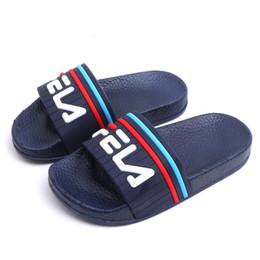 Argentina Marca Niños Niñas Verano Zapatillas Casuales Suela Suave Moda Niños Cómodas Zapatillas antideslizantes Niños Baño Sandalias de Playa cheap kids slippers soles Suministro