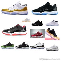 Botas de piel de serpiente baratas online-Barato nuevo para hombre Jumpman 11 XI zapatos de baloncesto de corte bajo 11s Ceremonia de clausura de oro Piel de serpiente vuelos aéreos j11 zapatillas de deporte para la venta con caja