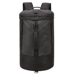 la bolsa de asas del gimnasio del poliéster Rebajas 35L Impermeable Poliéster Hombres Sport Fitness Bag Multifunción Tote Gym Bags Outdoor Travel Business Business Mochila