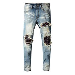 2019 neue bretter Neu Kommen 2019 Ami Men lange Jeans Graffiti-Baumwollhose Zerrissenes Board Slim Jean Pocket Nachtclub Löcher Lässige Jeans günstig neue bretter