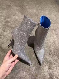 Botas estilo glitter online-Nuevo estilo de fiesta zapatos de vestir dedos en punta Glitter botines de tacón alto calidad superior de cuero genuino moda para mujer Zip Boots