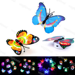 Ha condotto le farfalle chiare online-Night Lights farfalla multicolore lampeggiante PVC 1W parete Installare Per camera Wedding Birthday Party Decoration DHL