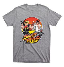 футболки с длинными рукавами Скидка Стреловидность ноги футболку каратэ Kid Кобра Кен Рю Street Fighter игра Кунг-Фу grey2 смешно бесплатная доставка мужская футболка топ