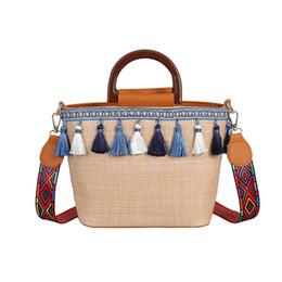 Урожай женская пляжная соломенная сумка в этническом стиле ленты кисточкой пляжная сумка Bolsos De Paja Verano 2019 #Zer cheap ethnic ribbons от Поставщики этнические ленты